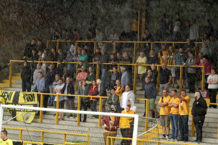 Good cover in the rain at the Town End