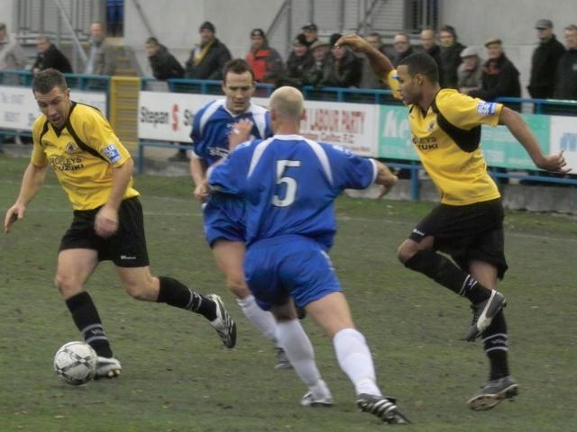 Leabon and Froggatt dance through the Stalybridge defence