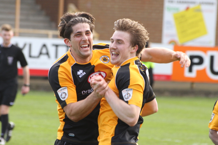 Dayle Southwell celebrates his goal